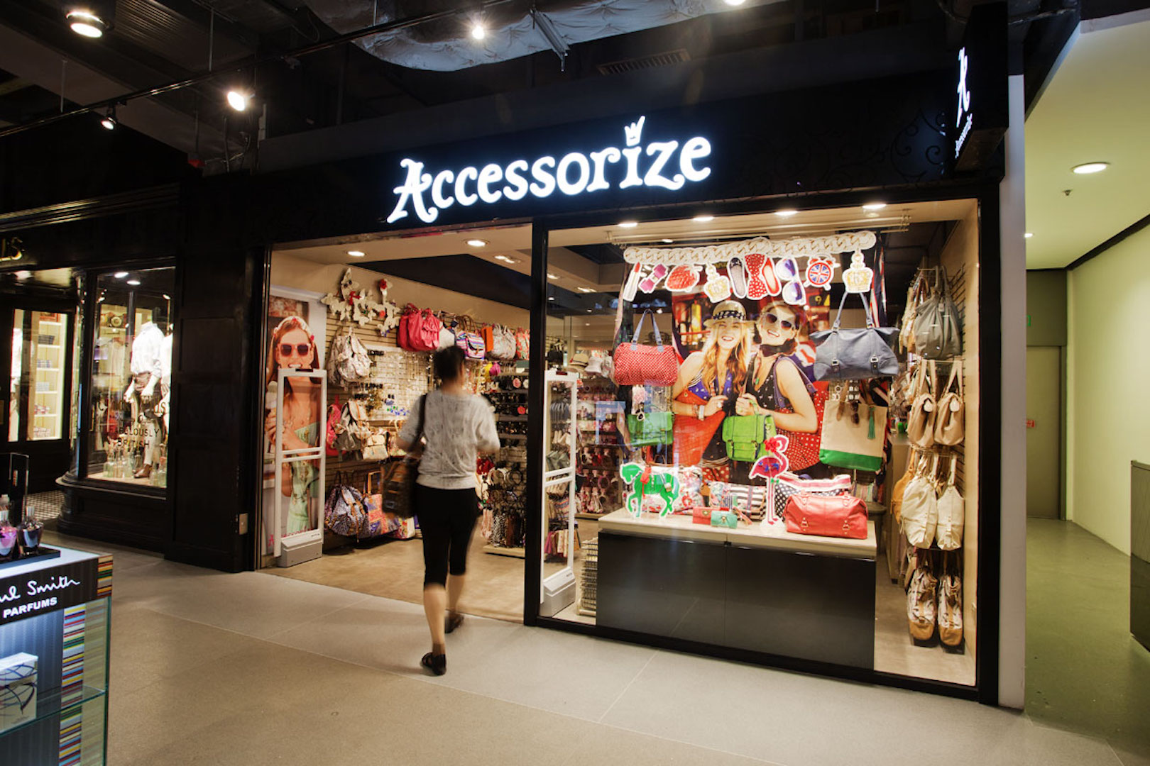 Accessorize at LCX HarbourCity